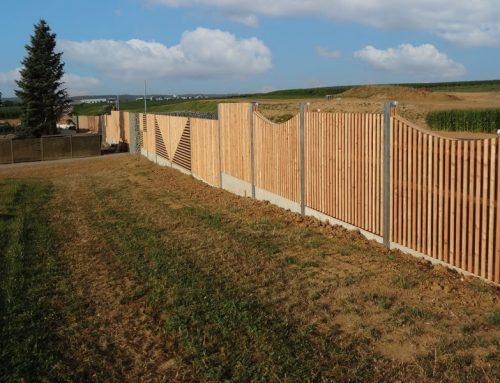Lärmschutzwand aus Holz 02a
